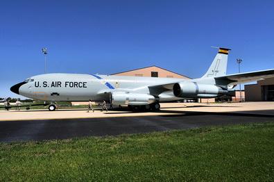 KC-135E 002A 126 ARW Scott AFB.jpg