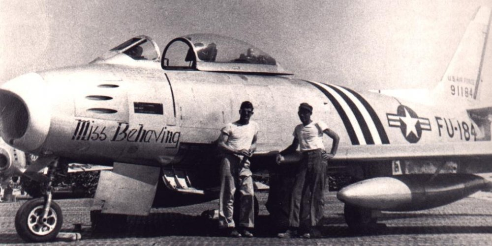 F-86A-5 49-1184 'Miss Behaving'.jpg