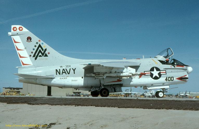 A-7B 154362 VA-304 ND 400R.jpg