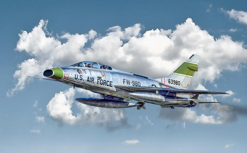 Italeri F-100F (Copy).jpg