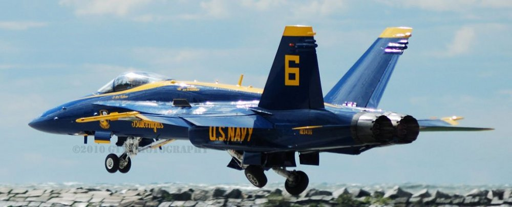 blue_angels_low_takeoff_by_gtxcrusader-d31de4h.jpg
