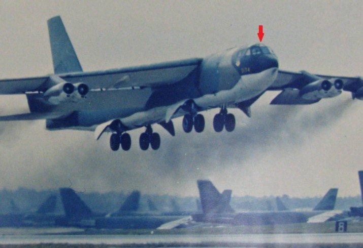 B-52G_lINEBACKER_II_.jpg.15b03f67594355dbab7104a9c97d91fc.jpg