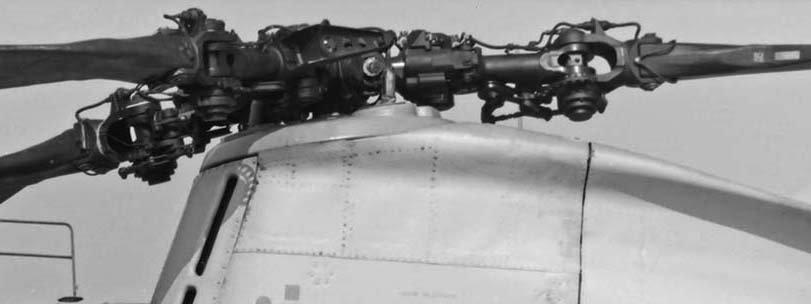 CH-46E_15xxxx_HMM-261_Nose_LHPF_CU_NewRiver_BryanWilburn_SM2.jpg.a97e87fbaeba1a2f6b9ce81ee1d2b540.jpg