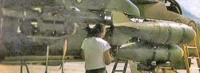 428_TFS_Combat_Lancer_F-111A_w M117s on MER.jpg