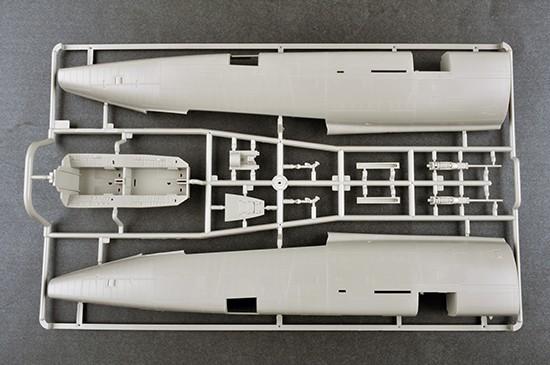 F-100F Super Sabre 02246 (9)a.jpg