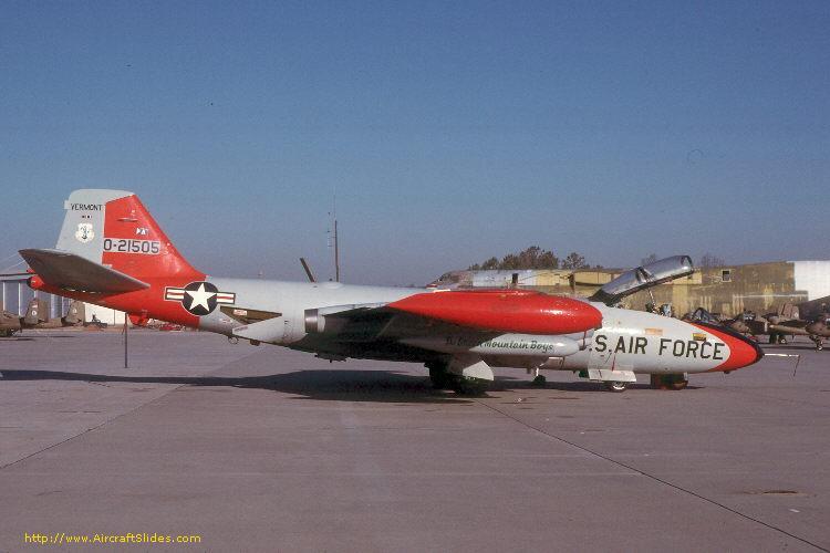 EB-57E 52-1505 134th SES Vt ANG.jpg