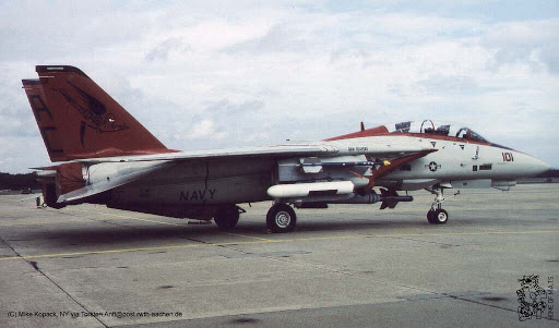 VF-101 Tomato.jpg