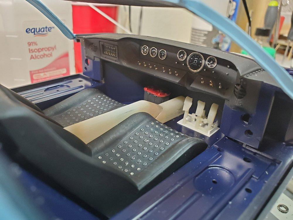 GT40 Interior Small.jpg
