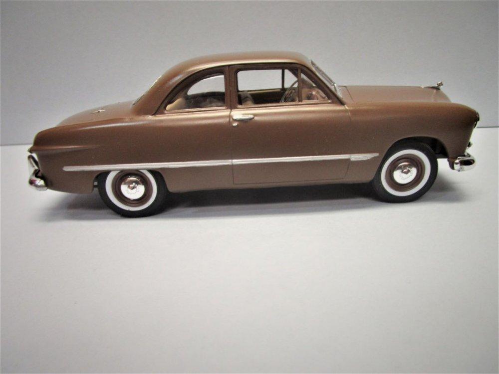 49 Ford 9.JPG